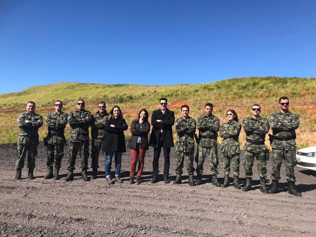Com intuito de conhecer peculiaridades da mineração, Polícia Ambiental visita unidade da Rio Deserto