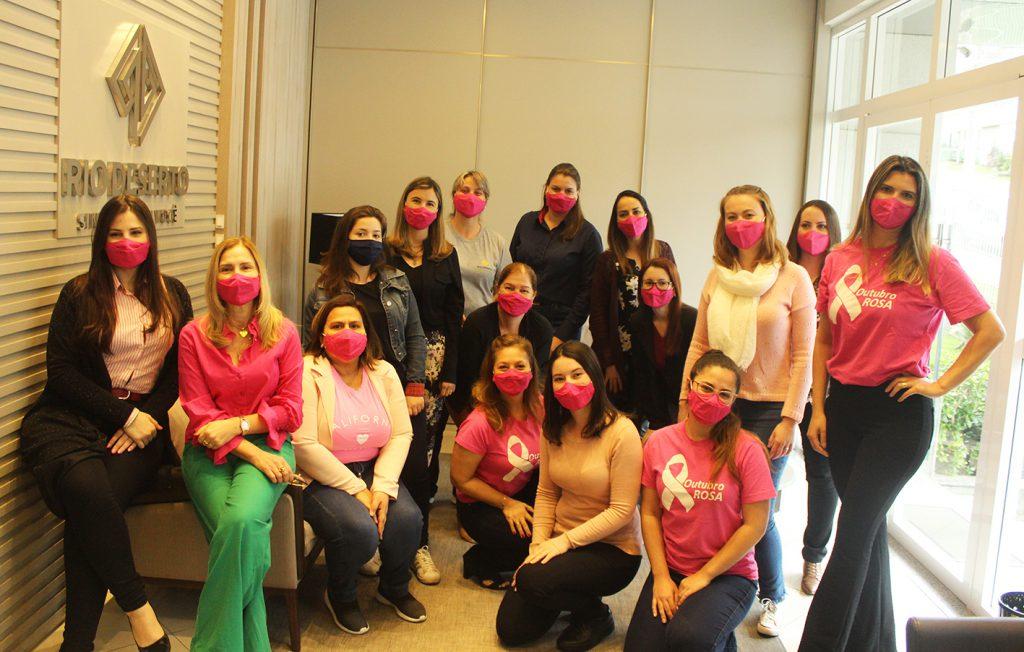 Outubro Rosa: máscaras cor-de-rosa marcam campanha na Rio Deserto