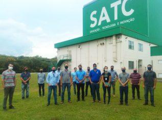 Infraestrutura, pesquisas e serviços do CTSatc são apresentados para profissionais da Rio Deserto
