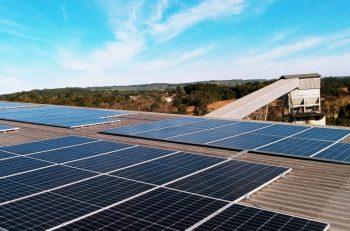 Em projeto piloto, Rio Deserto desenvolve unidade de produção de energia solar