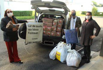 Com previsão de frio intenso, Rio Deserto doa cobertores para casas de repouso da região